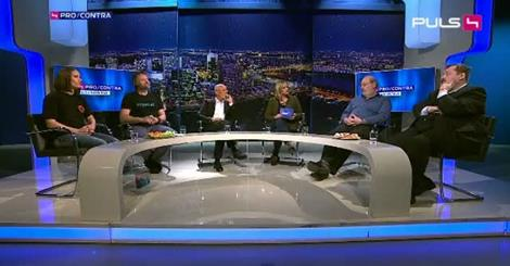 Interessante Diskussion zwischen zwei übergewichtigen Omnivoren und drei schlanken Veganern (ein dicker Schweinezüchter diskutiert auch noch mit)