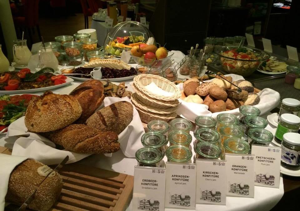 Frühstück im veganen Restaurant des Hotel Swiss in Kreuzlingen