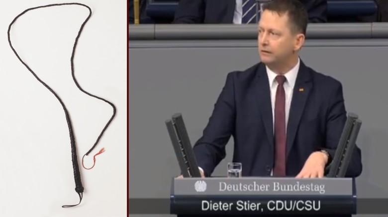 Ein CDU-Politiker spricht im Bundestag über vegane Sex-Peitsche