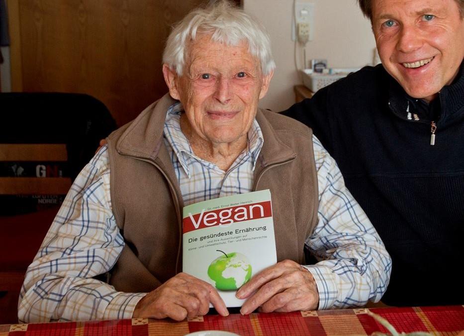 Die Vorteile einer veganen Ernährung machen sich besonders im mittleren und höheren Lebensalter bemerkbar!