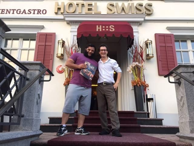 Der stärkste Mann Deutschlands Patrik Baboumian war mit seiner Gattin 10 Tage zu Besuch im veganen Hotel Swiss