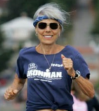 Ruth Heidrich (79) – Triathletin – eine lebende Legende, die mit einer fettarmen veganen Ernährung Brustkrebs besiegte