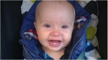 Ein glückliches, gesundes, veganes Baby